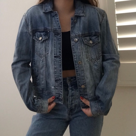 42bbe312c american eagle outfitters oversized denim jacket